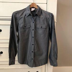 Patagonia Lightweight Gray Button up Shirt.